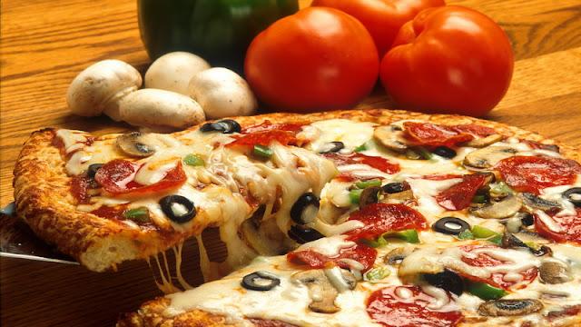 kuliner, pizza, rumah duka, gratis, pemakaman