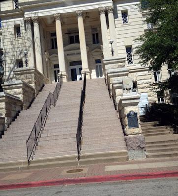 Waco Texas Courthouse Steps