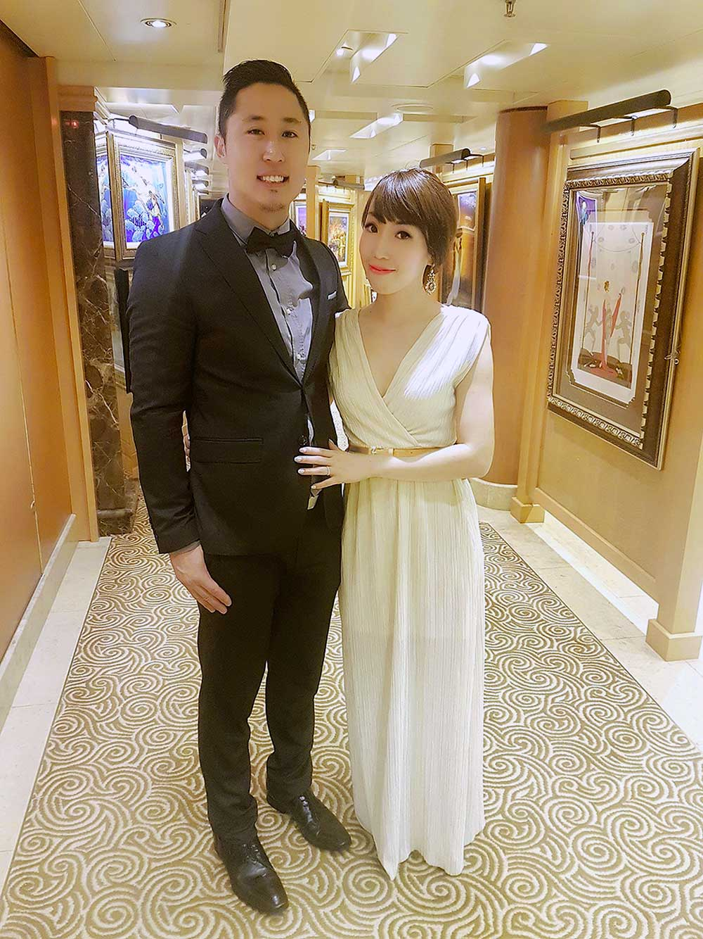 {Outfit Challenge} What to Wear for Formal Nights on a Cruise