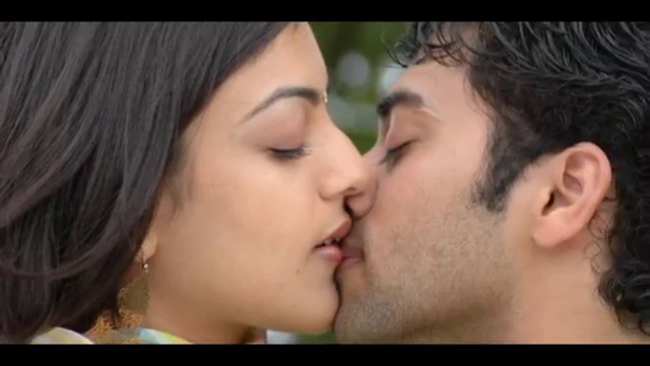 Navel Heroines Kajal Aggarwal Hot,Sexy Liplock Kiss Scenes From Tollywood And -2135