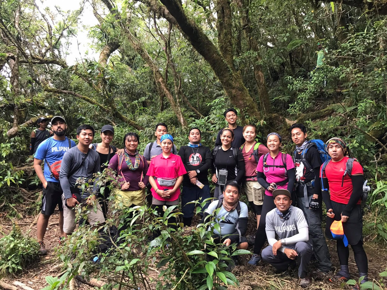 The climbing team headed and organized by TrailSeekers' Glaiza Fidel (3rd from left wearing pink tshirt and black sleeves)