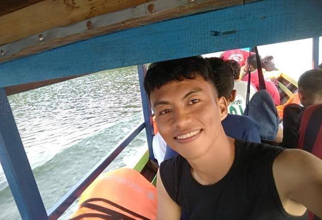 Perahu Motor Pompong Sungai Gulamo