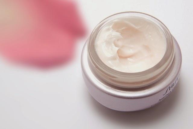 وصفة طبيعية للوقاية من التجاعيد وشد البشرة Cream