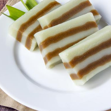Resep Kue Lapis Tepung Beras Dua Warna Kumpulan Resep Kue Lapis Praktis Untuk Sehari Hari Dirumah Aneka Menu Makanan Indonesia Kumpulan Resep Kue Lapis Praktis Enak Dan Sederhana