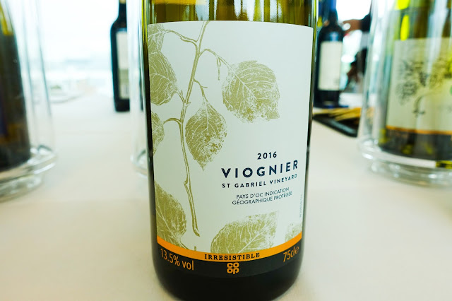 A close up of the label of Co-op irresistible Viognier 2016