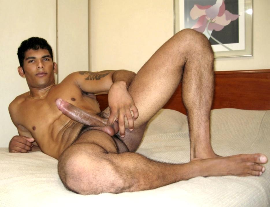 Nude latino straight men
