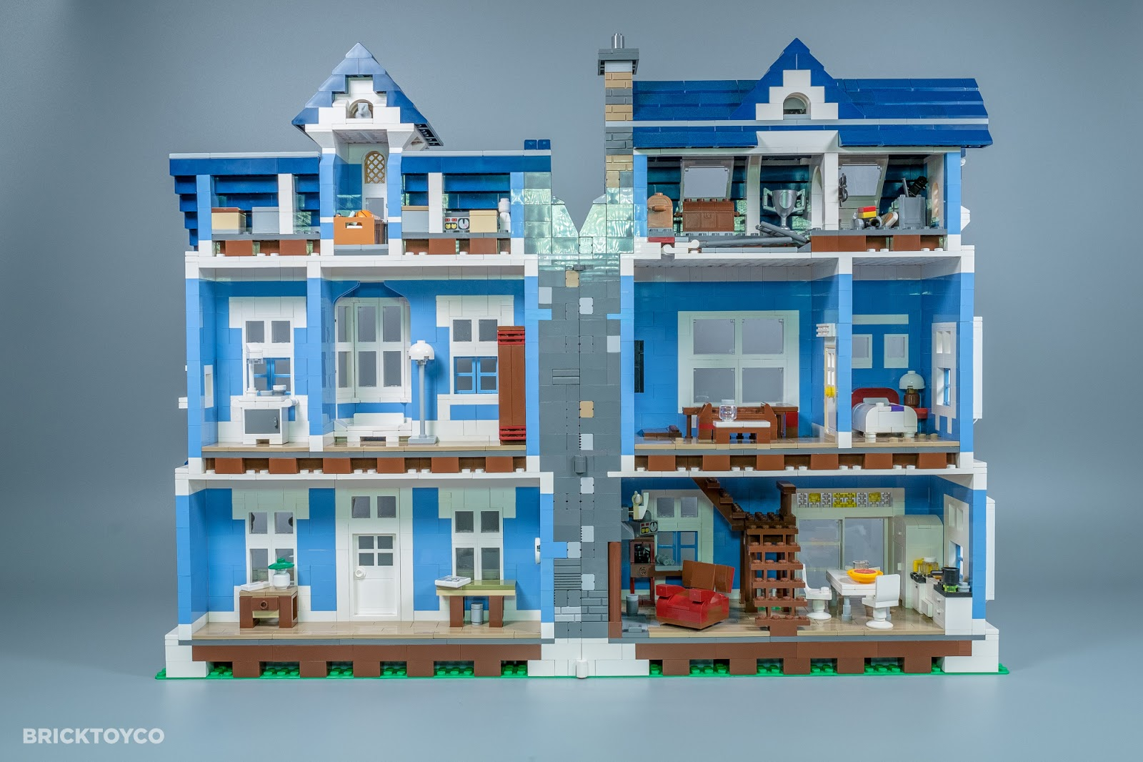 BrickToyCo Custom LEGO Victoria House MOCthat Opens To Reveal - Lego house interior