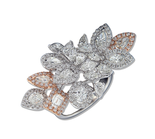 04 Entice diamond ring with white and rose gold