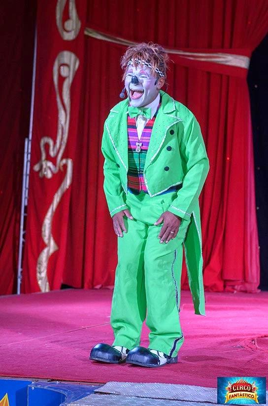 Palhaço Maxixinho circo fantastico