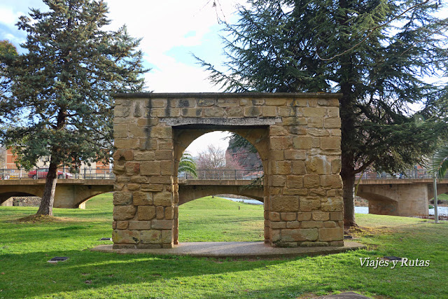 Puerta de la Huerta de santa María la real de Nájera