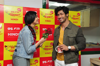 Vidyut Jamwal Adah Sharma Commando 2 Movie Team at Radio Mirchi 95  0040.jpg