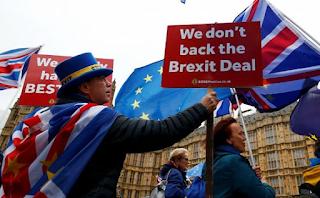 رئيس وزراء المملكة المتحدة: لا توجد طريقة للعودة إلى الاتحاد الأوروبي