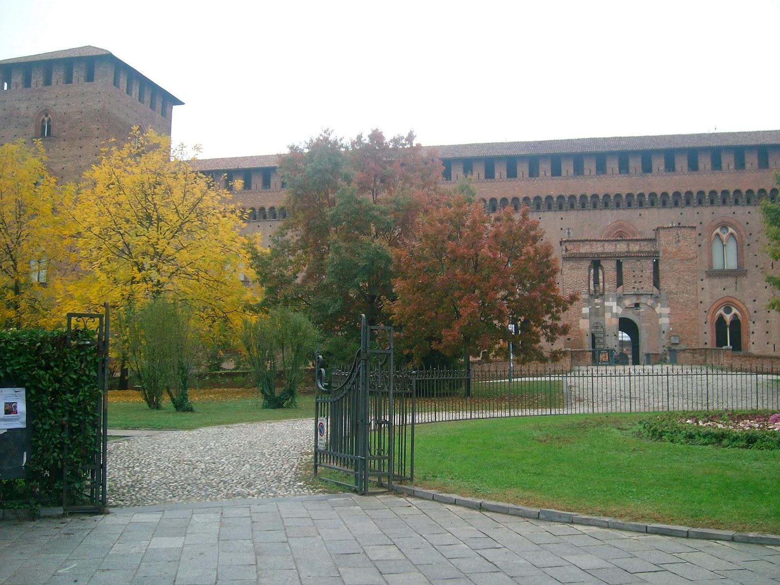 Mazzo Di Fiori Su Una Sedia Renoir.L Empire Des Lumieres Renoir A Pavia