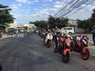 Rước dâu bằng moto KTM PKL ở Tiền Giang cực chất