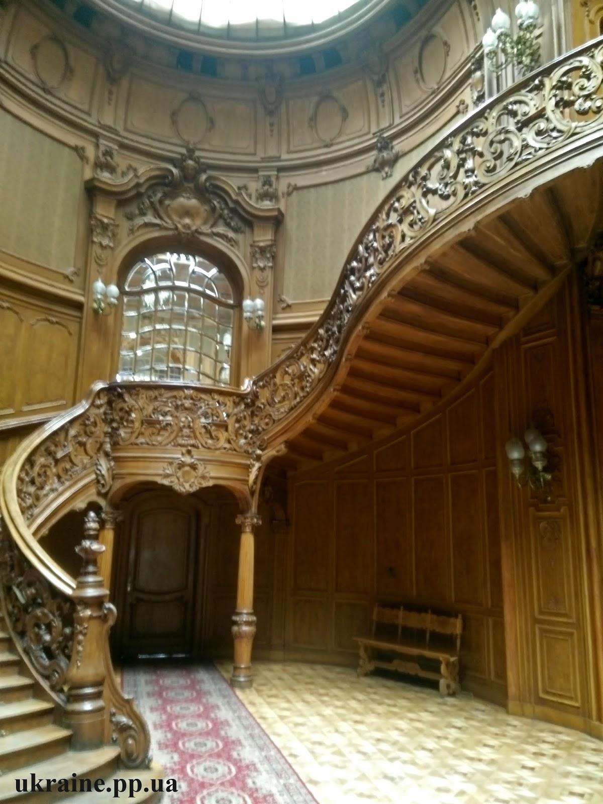 Дом Ученых лестница