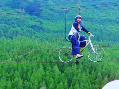 Zip Bike di The Lodge Maribaya