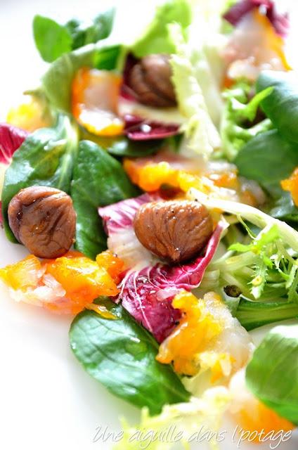 Salade de mesclun aux châtaignes et haddock