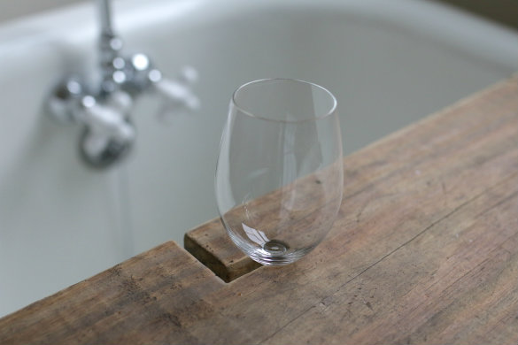 Over On EHow: DIY Reclaimed Wood Bath Caddy