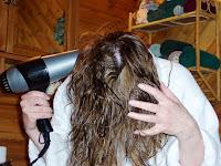 6 Tips Ampuh Cara Mengatasi Rambut Mengembang Dan Tebal