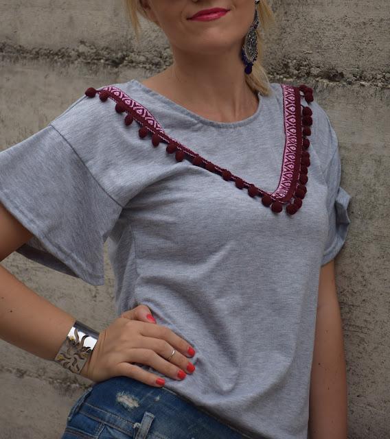 outfit t-shirt con pompom come abbinare la t-shirt con pompom tendenza pom pom outfit luglio 2017 outfit estivi mariafelicia magno fashion blogger colorblock by felym fashion blog italiani blog di moda blogger italiane di moda