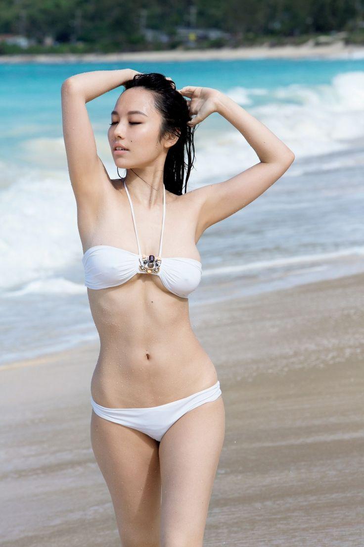 Isabel Myers - 谷村奈南 (Nana Tanimura) (Singer)