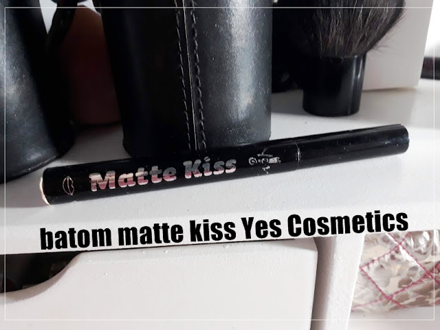 Batom Rosa em Gel Matte Kiss Yes Cosmeticos