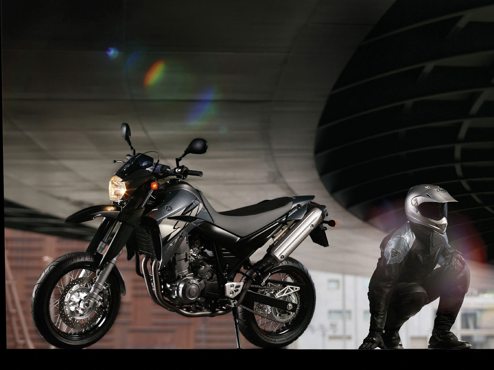 2004 YAMAHA XT660X Supermotard pictures specifications