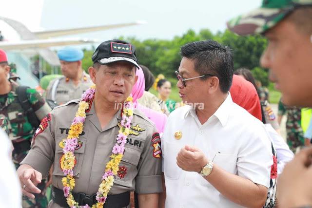 29 PANGLIMA KAPOLRI utama2%2Bwatermark - Soliditas TNI-Polri Kunci Menjaga Perbatasan Negara