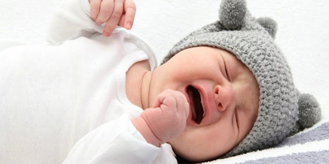 Tips Redakan Tangis Bayi di Malam Hari | MPASI Bunda