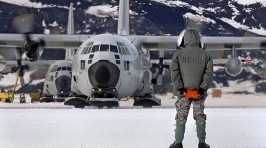 Evacuación masiva de la Antártida en operaciones especiales y movimientos militares