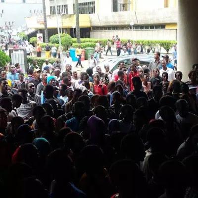 Protest for Oluchi Anekwe's death 1.jpg