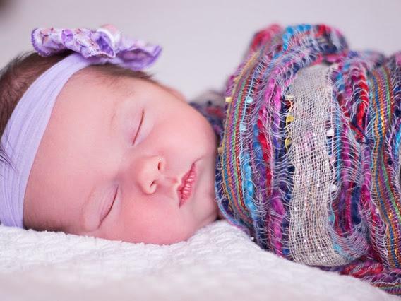 5 Hal yang Tidak Boleh Dilakukan Saat Menjenguk Bayi