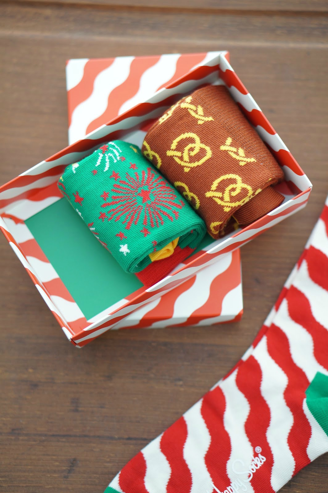 Rebecca Lately Happy Socks #happysocks #happinesseverywhere Christmas Socks Box Set