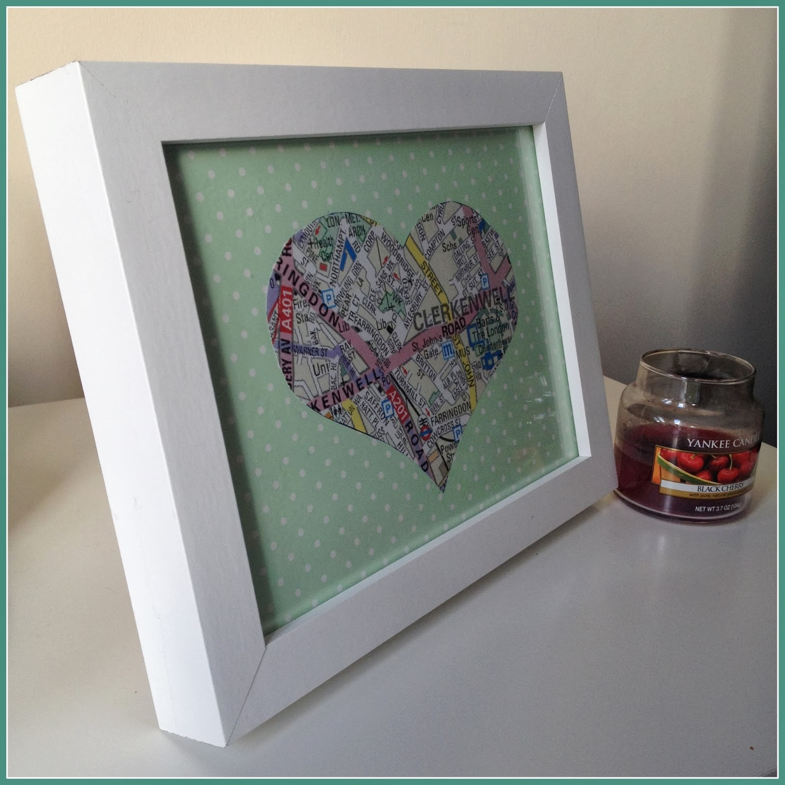 map-heart-frame