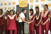 Actress Priya Anand in T Shirt with Students of Shiksha Movement Events 40.jpg