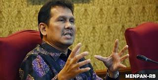 Menteri PAN-RB Berharap Guru PNS Diangkat Jadi Pegawai Pemerintah Pusat
