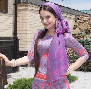 امركية مسلمة على قدر كبير من الجمال، ثلاثينية رقيقة بدون أطفال، ترغب في زواج مسيار
