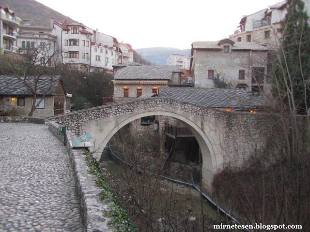 Кривой мост, Мостар