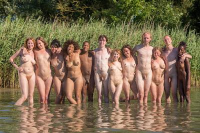 http://awinters.xxx/abby/outdoor/Beach_Games_Girls_Boys/indexb.html