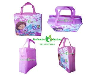 tas ultah dora, tas ultah anak murah, tas ultah murah, tas souvenir ultah dora,goodie bag,goody bag, tas ulang tahun anak.