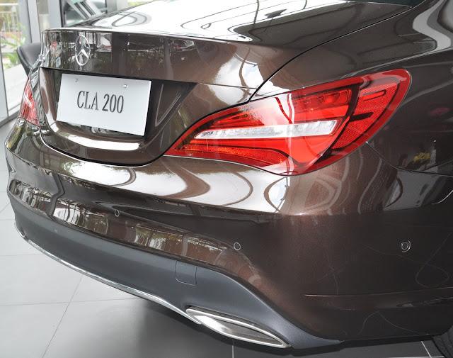 Cụm đèn hậu Mercedes CLA 200 công nghệ LED