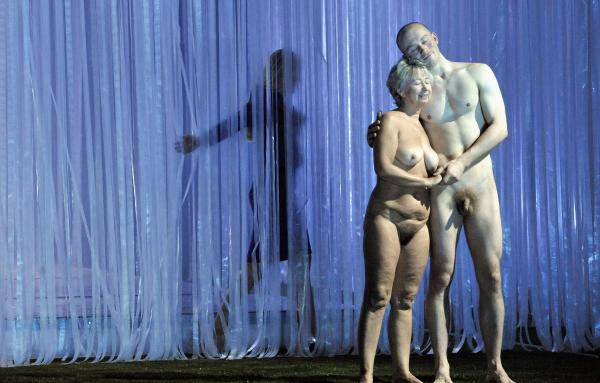 Naked Opera Singer 105