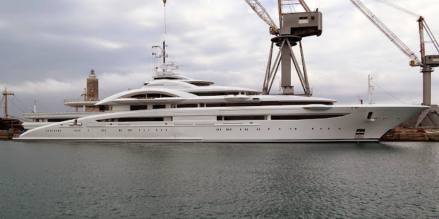 Luxury yacht Maryah, IMO 9044619, port of Livorno
