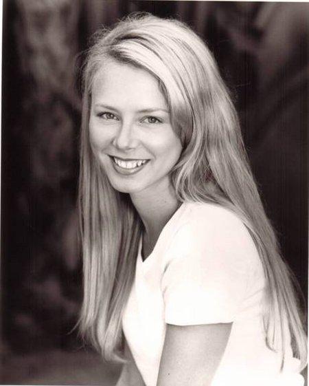 Nicole Taylor Hart