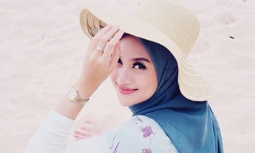 Biodata Indah Nada Puspita Si Hijab Traveling Mirip Melody Eks-JKT48