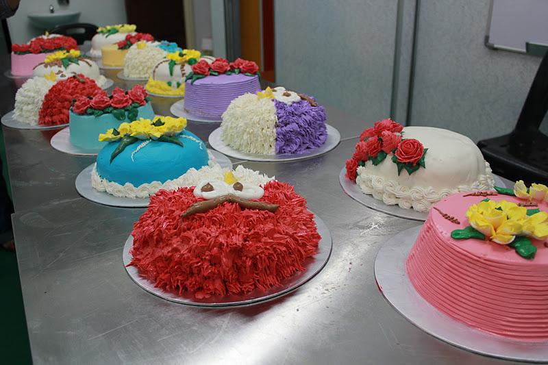 Pin Raya Kek Kahwin Hantaran Birthday Cup Cakes Agar Dan
