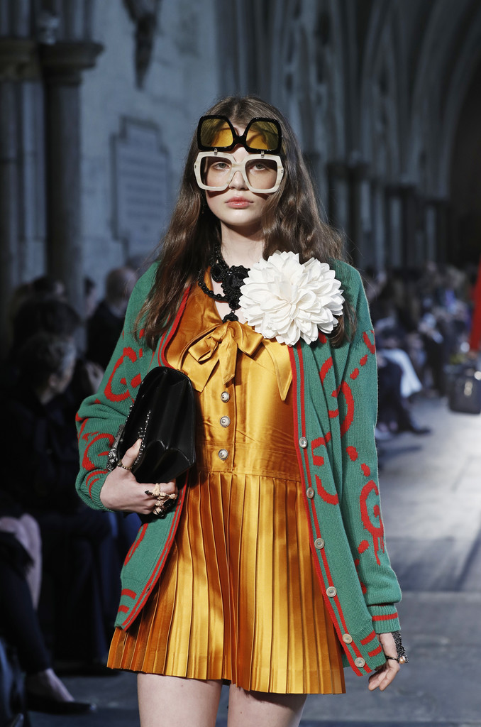 Gucci Takes British Inspiration for Cruise 2017 Show