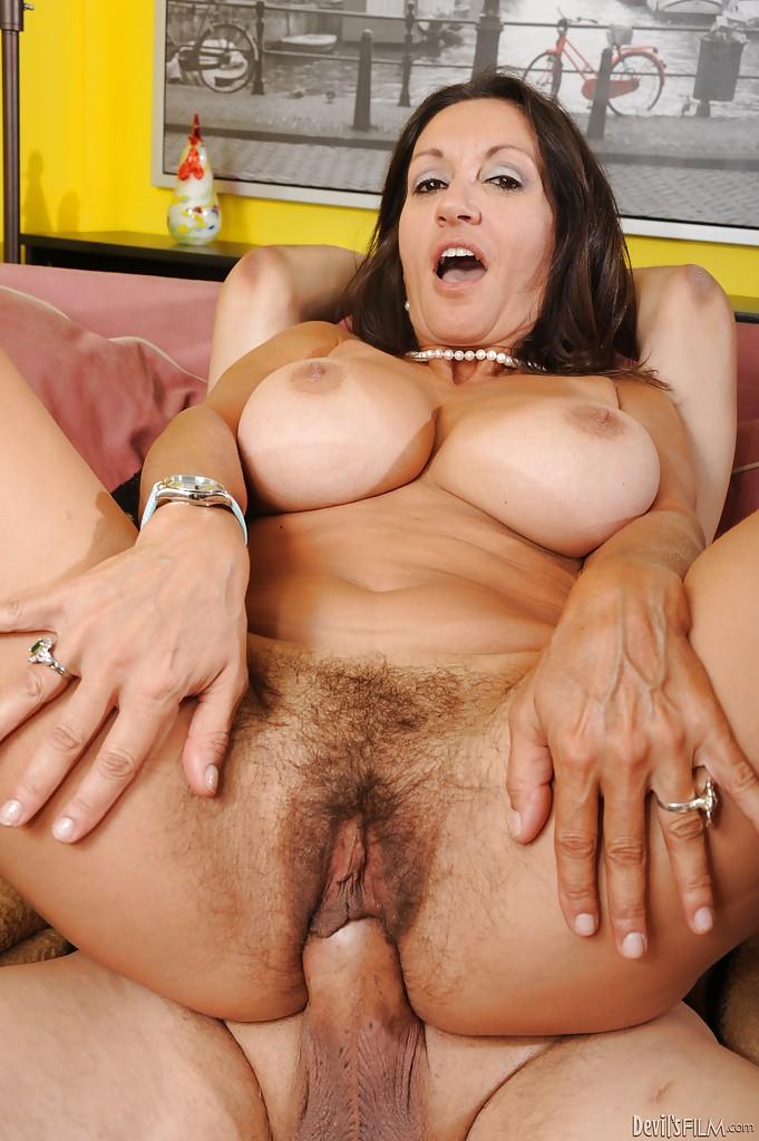 Vintage threesome bigs boobs 5