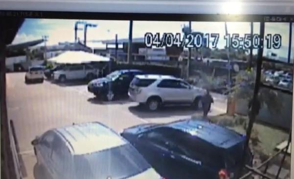Homem furta veículo de pátio de concessionária, em São Luís