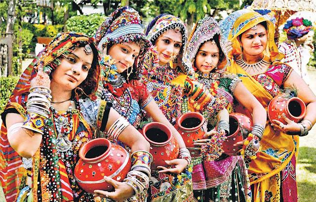Navratri Garba Dandiya Pictures